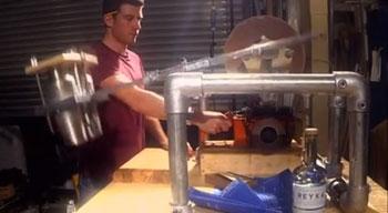 Chainsaw-Shaker