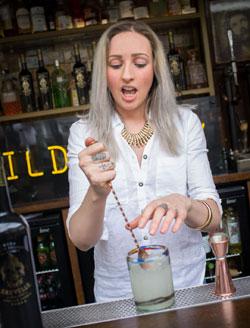 Kirsty Taylor winning her Sauvelle Vodka heat.